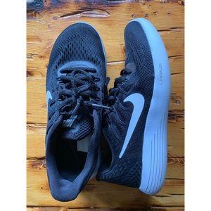 Nike Lunarlon Women's Sneakers